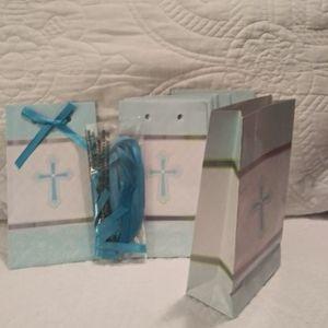 Set of 8 Mini Gift Bags w/ Cross Design